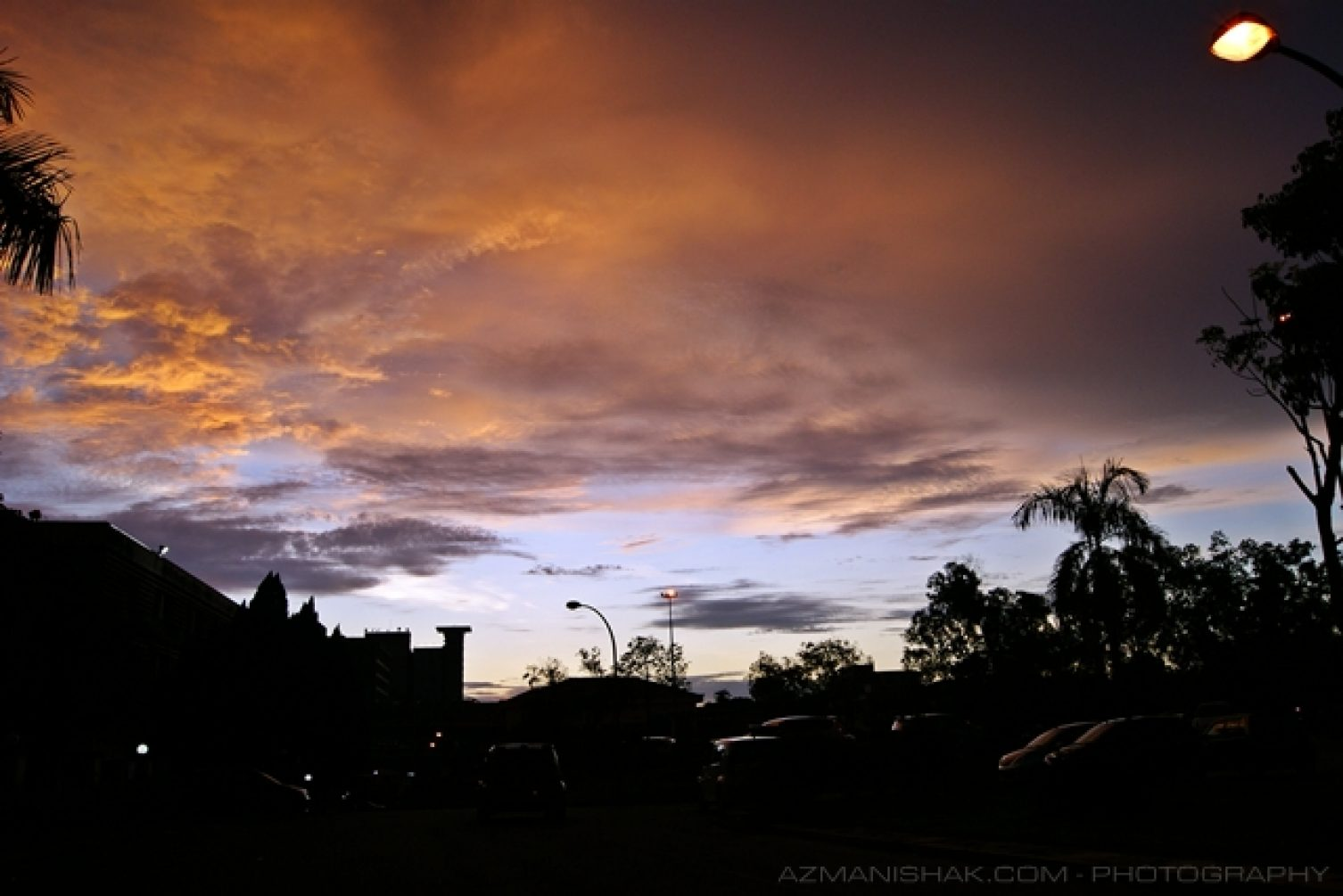 Awan-awan petang di PPUM