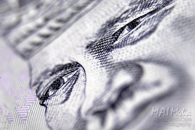 Gambar duit seringgit. Tiada sebarang proses cropping dilakukan untuk semua gambar kali ni.