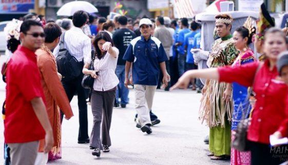 BigPicture : Gambar pilihan semasa pelancaran Projek Menaik Taraf Stesen Bas Raub, Pahang.