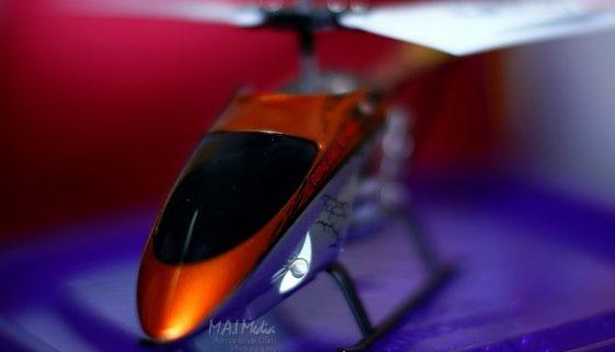 BigPicture : Mini Helicopter dari bidikan Samyang 85mm f1.4 bersama Extension Tube