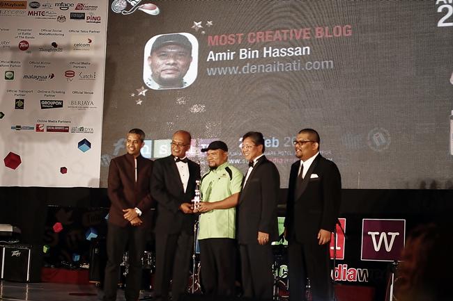 Pemenang kategori Most Creative Blog - Tuan DenaiHati aka Amir Hassan