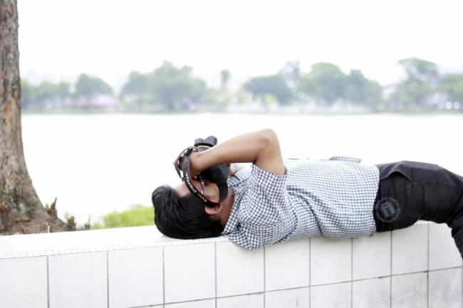 Izwan Yusof menerai Samyang 14mm f2.8 wide angle lens.