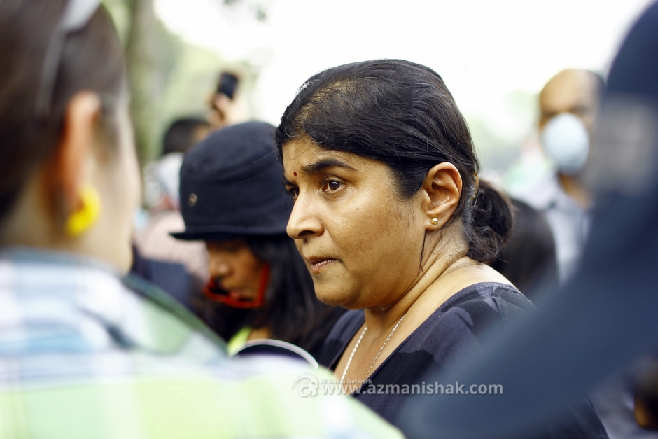 Ambiga Sreenevasan ketika ditemuramah oleh wartawan.