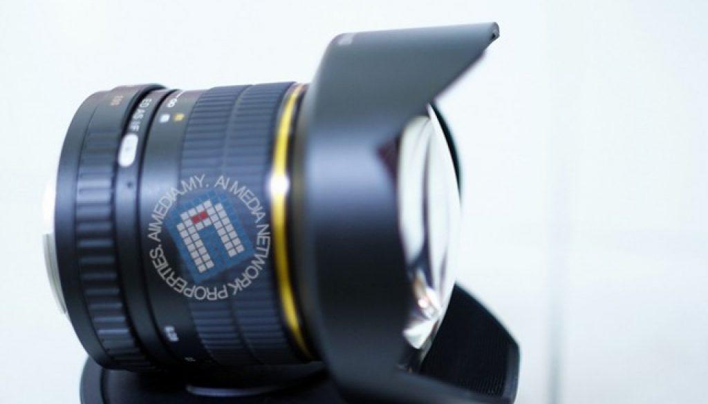 Lens Samyang Ultra Wide Angle 14mm f2.8.