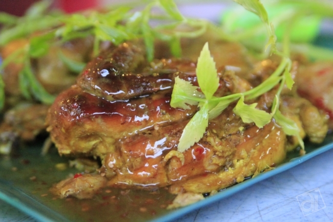 Ini adalah menu utama Ayam Golek Nara