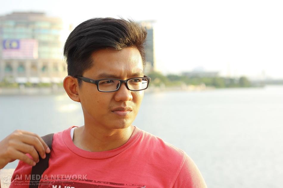 Inilah dia... cikgu saya, Saudara Tarmizi Shukri.