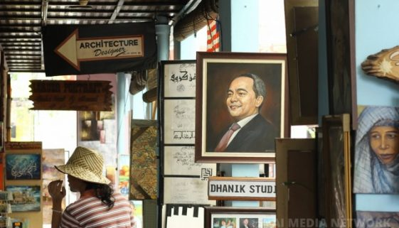 Memang berbakat betul aku dengan pelukis-pelukis kat Pasar Seni ni.