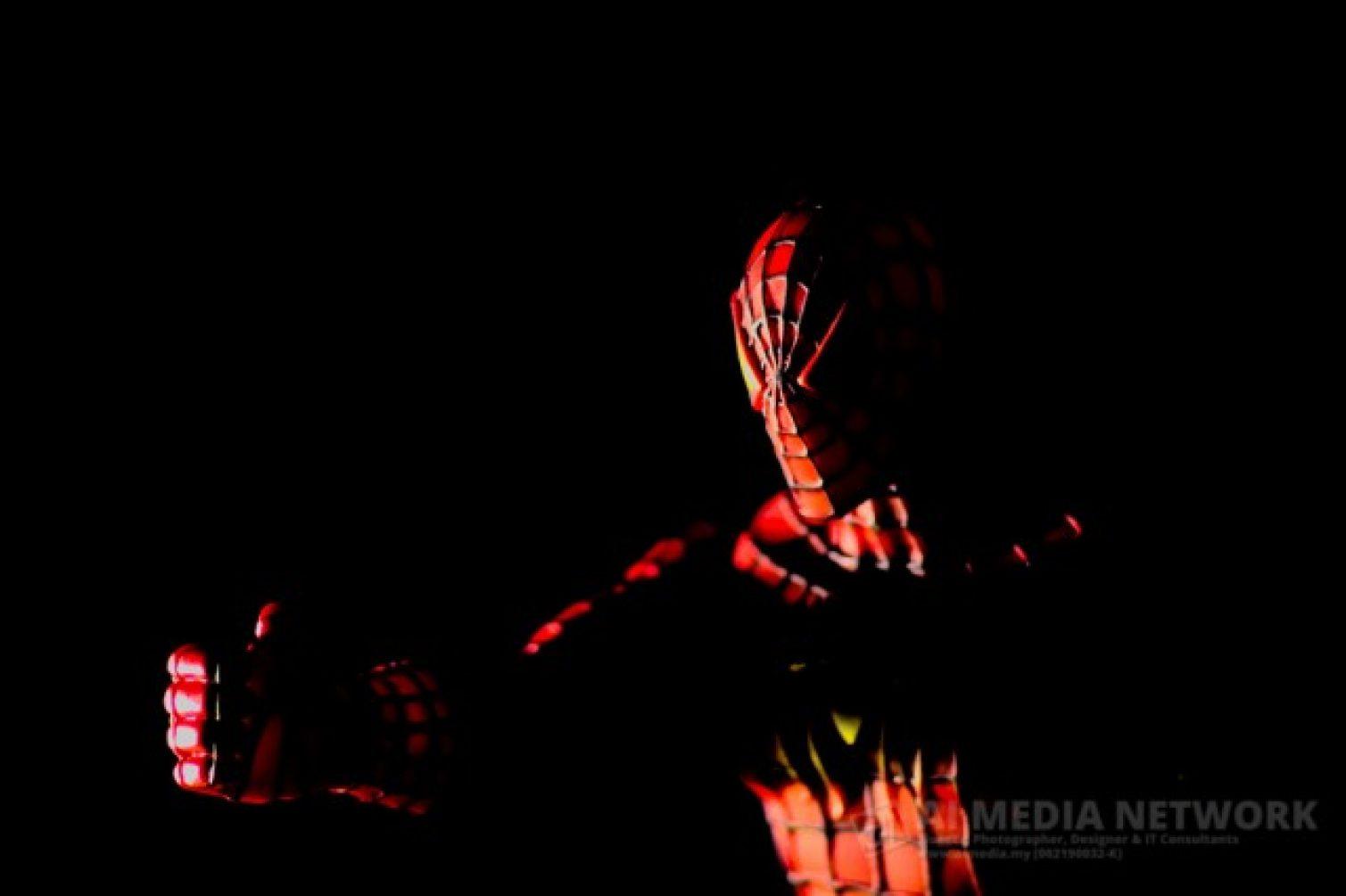Aku tak tau betoi ke idak... tapi depa cakap Spiderman 2 macam tak best
