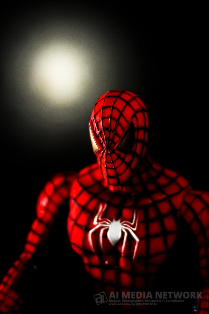 Aku ada terbaca review yang kata diaorang, Spiderman 2 ni macam tak best. lol~