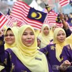 Foto Besar : Sambutan Hari Merdeka ke 57 – Di Sini Lahirnya Sebuah Cinta.